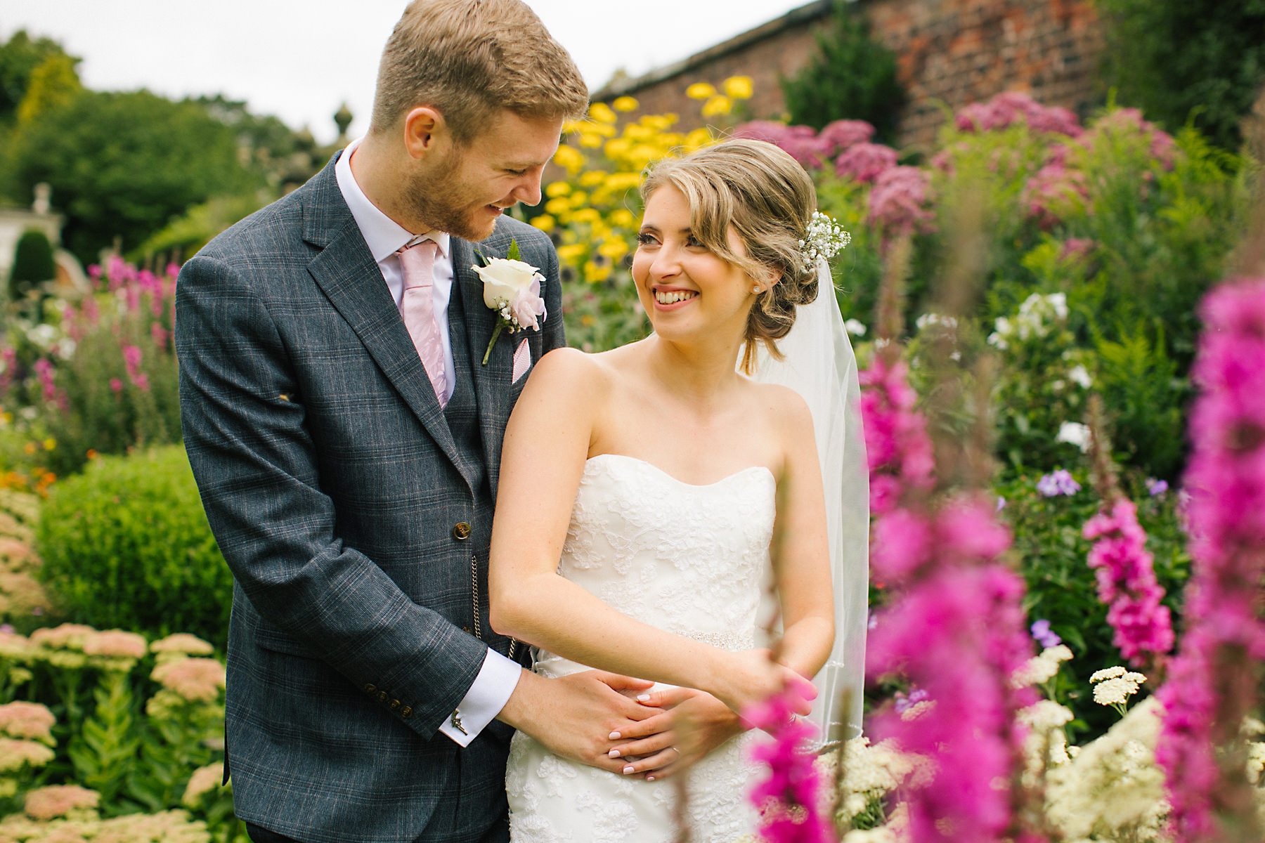 arley hall gardens wedding photos