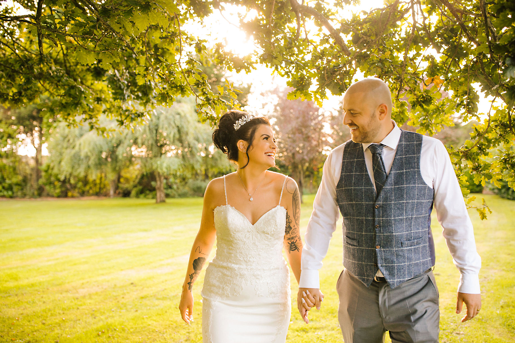 chimney house hotel bride and groom photos