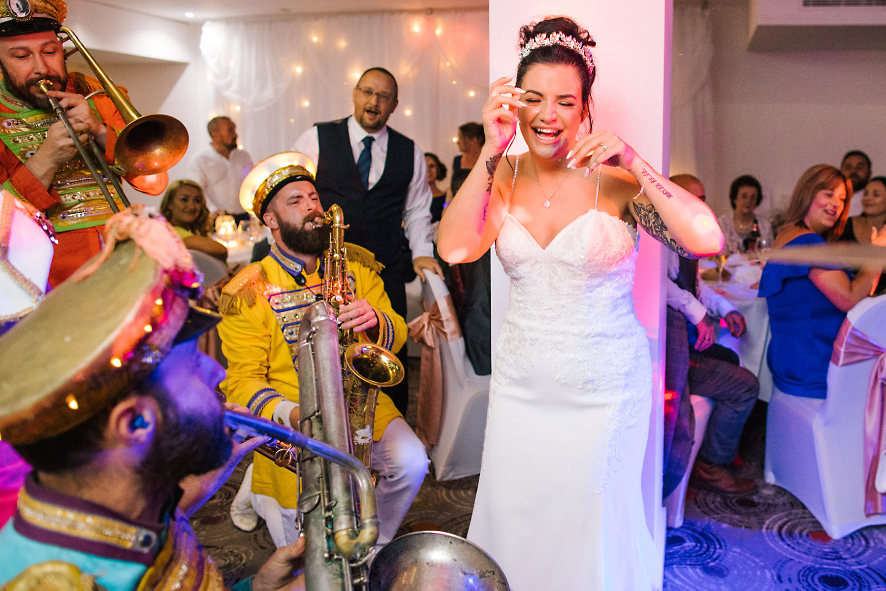 mr wilsons second liners wedding band